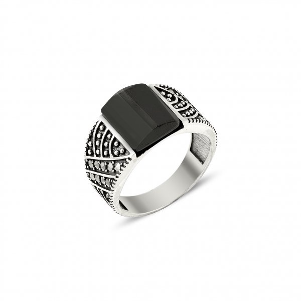 Marcasite & Onyx Ring - R14437
